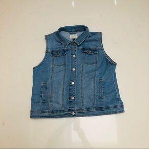 94cbedea2a Universal Thread Jackets   Coats - XXL Denim Vest Plus Size Jeans Vest 2X  Women s